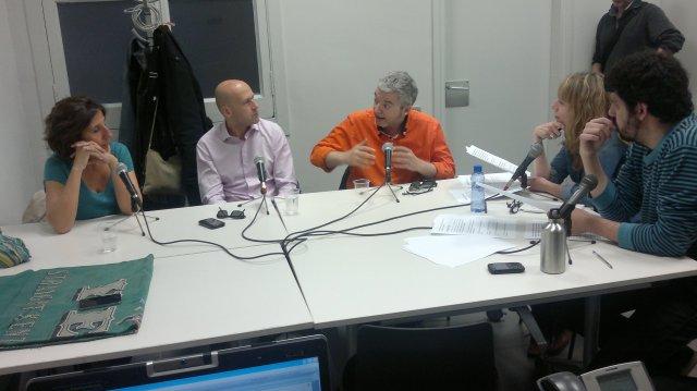 Amb Màrius Serra, Sílvia Soler i Genís Sinca. Presenten Carlos Baraibar i Mercè Folch